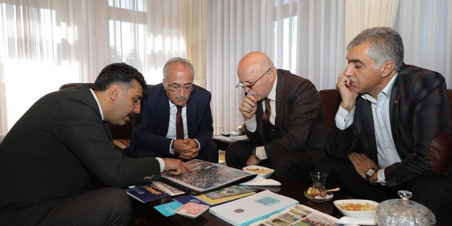 Erzurum Büyükşehir Belediyesi İle eğitimde iş birliği anlaşması imzalandı