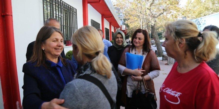 """Bayan Demirtaş: """"İhtiyaç sahiplerine yardımlarımız devam edecek"""""""