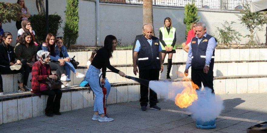 Toros Üniversitesi'nde yangın tatbikatı