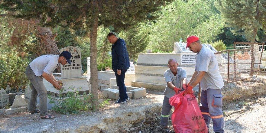 Büyükşehir Belediyesi'nden Eshab-ı Kehf'te temizlik çalışması