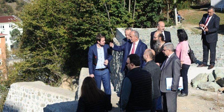 GRÜ Rektörü Prof. Dr. Yılmaz Can, basın mensupları ile bir araya geldi