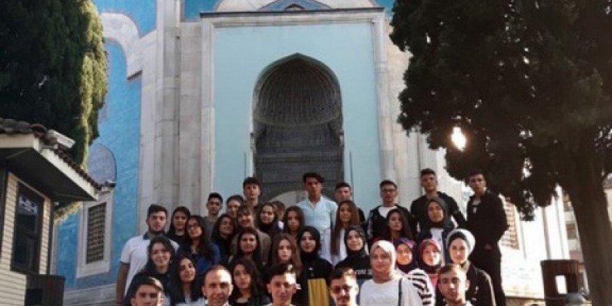 Öğrencilere Bursa gezisi düzenlendi