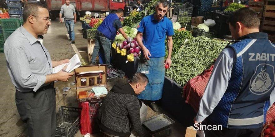 Sincan Belediyesi zabıta ekiplerinden pazar denetimi