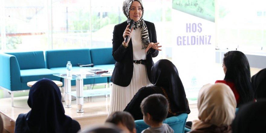 Başkaşehir'de sitelerde seminerler başladı