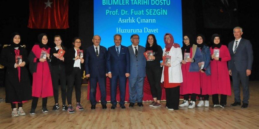 """Akşehir'de """"Prof. Dr. Fuat Sezgin"""" konulu konferans"""