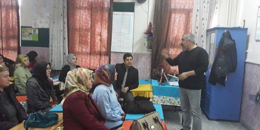 Eğitimci -Yazar Işık'tan  etkili iletişim semineri