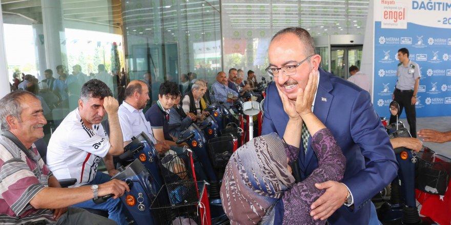 """Başkan Kavuş: """"Engelleri el birliği ile aşacağız"""""""