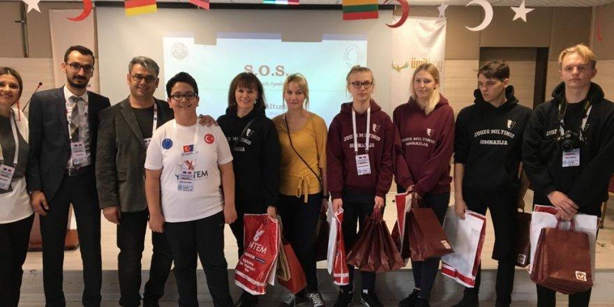 Öğrenciler değişim programına katıldı