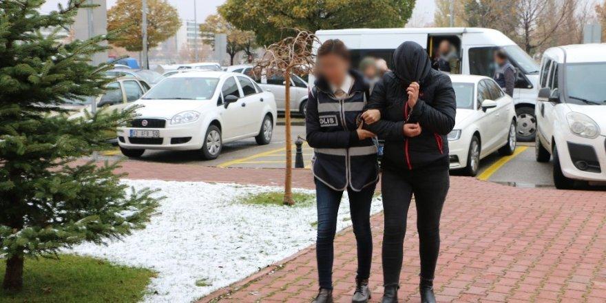 Konya'da fuhuş operasyonunda 5 kişi tutuklandı