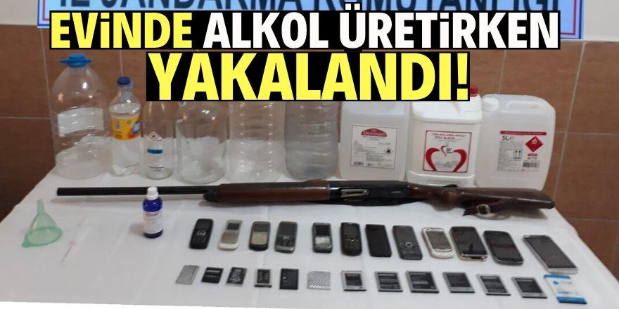 Konya'da evinde alkol üretirken yakalandı!
