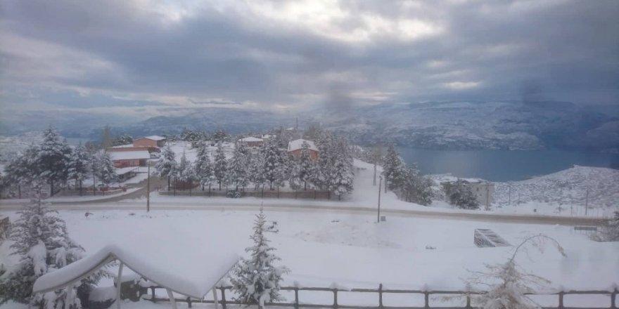 Karaman'ın üç ilçesinde okullara kar tatili