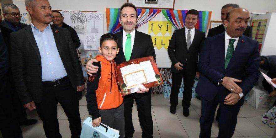 Aksaray'da 83 bin 361 öğrenci yarıyıl tatiline başladı