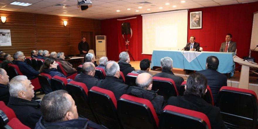 """Vali Ali Mantı: """"Muhtarlarımız zor ama şerefli bir görevi ifa ediyorlar"""""""