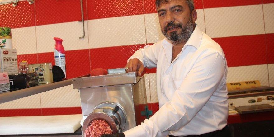 Konya ve Afyonkarahisar arasında 'domuz eti' tartışması