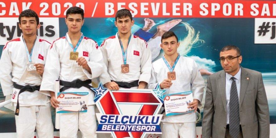 Selçuklu Judo 3 madalya aldı