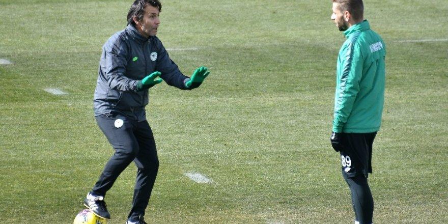Konyaspor'da Göztepe maçı hazırlıkları sürüyor