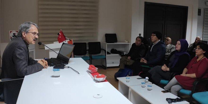 Osmanlı sultanları şiirle ilgileniyordu