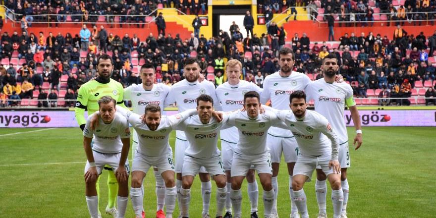 Konyasporlu oyuncular daha iyi olacaklarına inanıyor