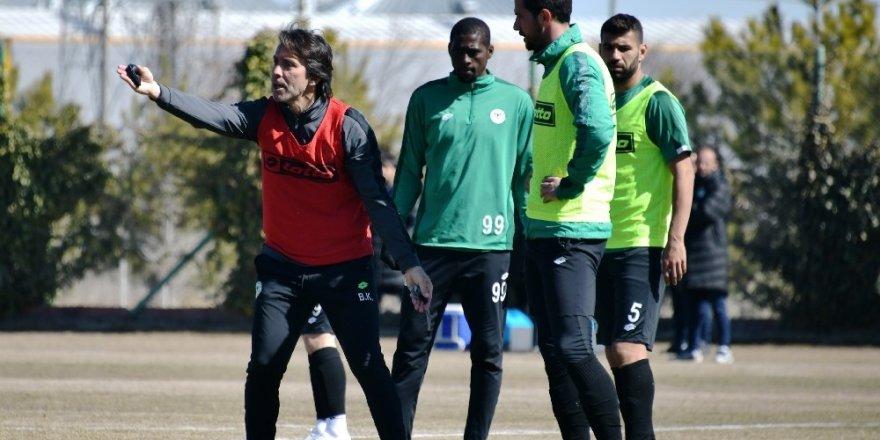 Konyaspor, Kasımpaşa maçı hazırlıklarını sürdürüyor