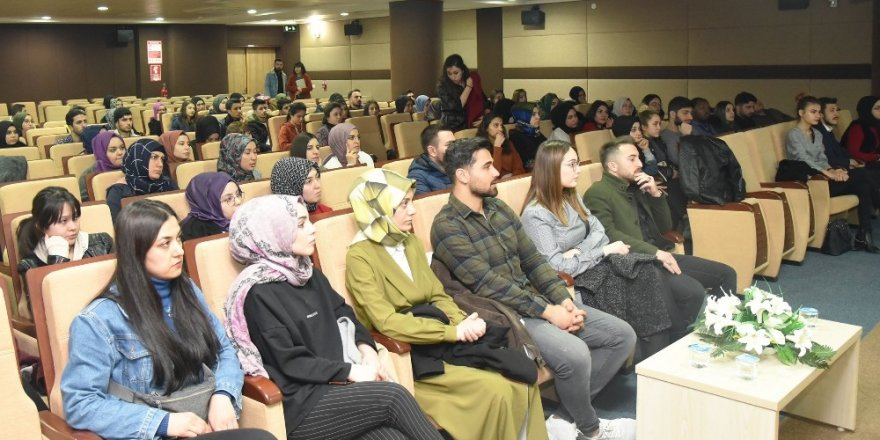 KMÜ'de İİBF öğrencilerine kariyer tüyoları