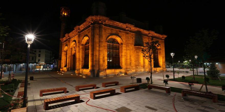 Camilerde salgının  bitmesi için dua edildi