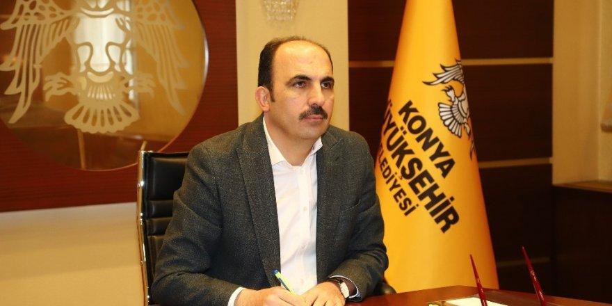 Altay ilçe belediye başkanlarıyla telekonferansla görüştü