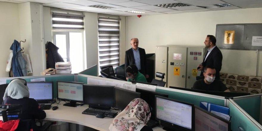 Vali Meral, 112 Çağrı Merkezinin çalışmalarını inceledi