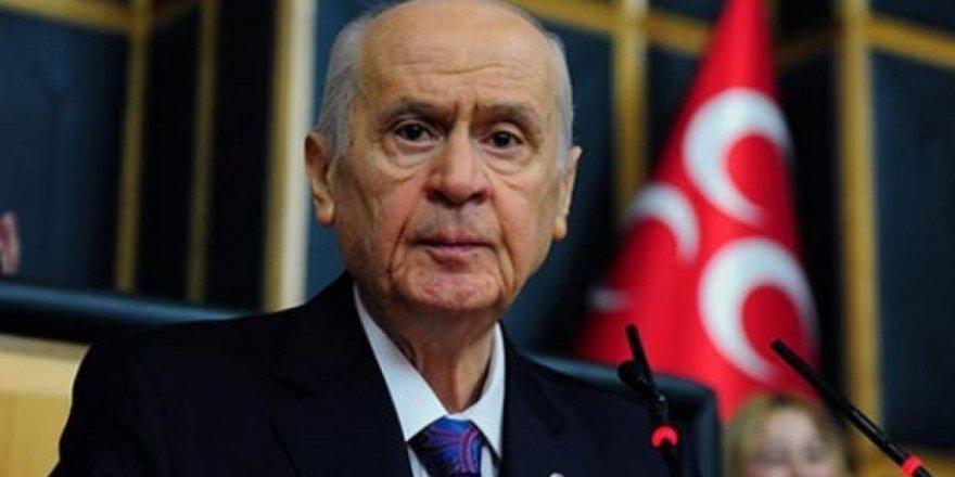 Cumhurbaşkanı Erdoğan'ın ardından Bahçeli de maaşını bağışladı