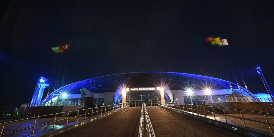 Konya Bilim Merkezi otizm farkındalığı için mavi ışıkla aydınlatıldı