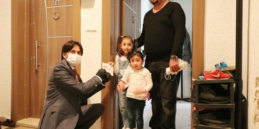 Korona virüs nedeniyle iş yeri kapanan esnaf ve işçiye nakit desteği