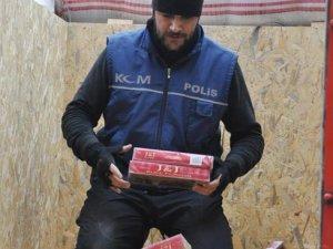 Ceviz kutuları içinde kaçak sigara
