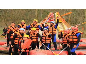 Rafting Sporu İle Aksiyon Dolu Anlar Sizi Bekliyor!