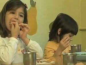İştahsız çocuğuma nasıl yemek yedirebilirim?