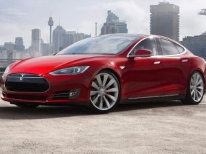 Tesla Model S satışa çıktı!