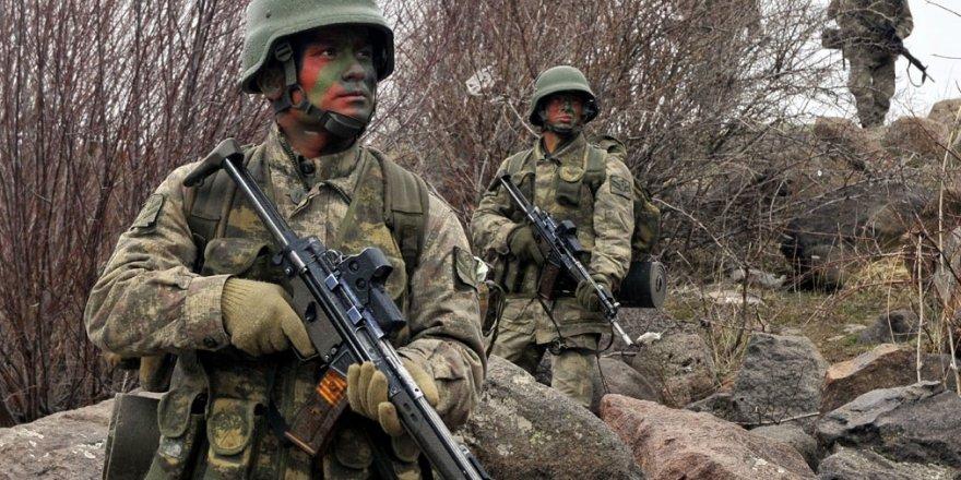 TSK'da yeni ihraçlar: 233 asker men edildi
