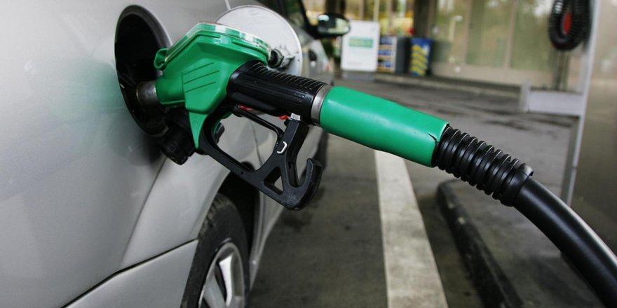 Benzin fiyatında zirvede alım gücünde dipteyiz