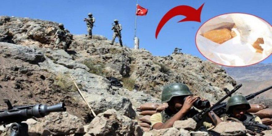 PKK'lının cebinden çıkan şaşırttı!