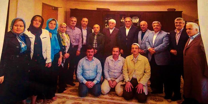 Fethullah Gülen hatırası! Fotoğraftaki AK Partililer kim?
