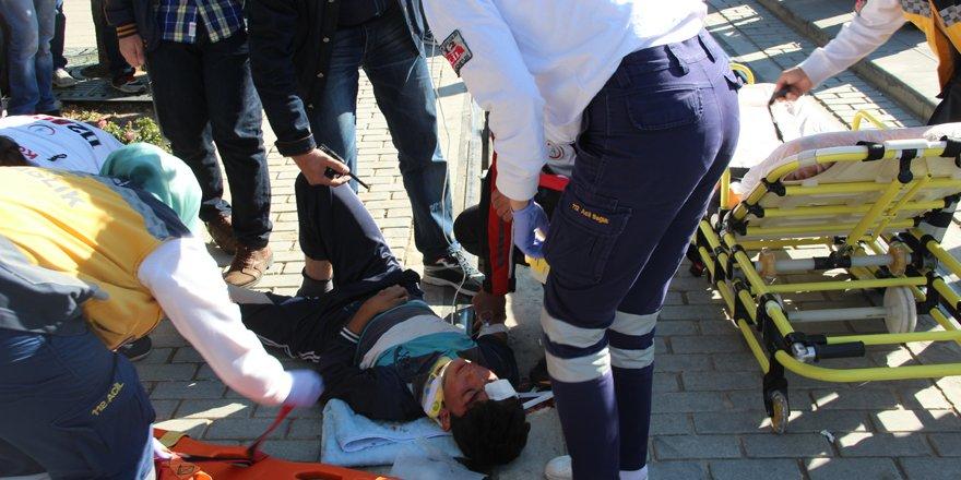 Tramvay yoluna düşen çocuk yaralandı