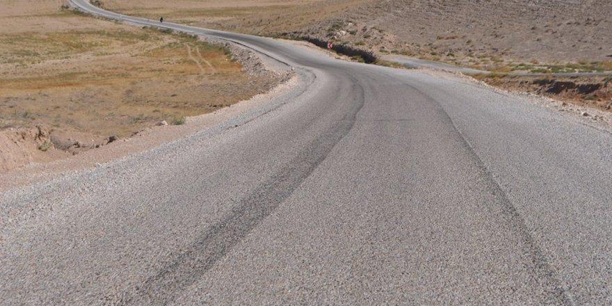Cihanbeyli'de 25 kilometrelik asfalt çalışması tamamlandı