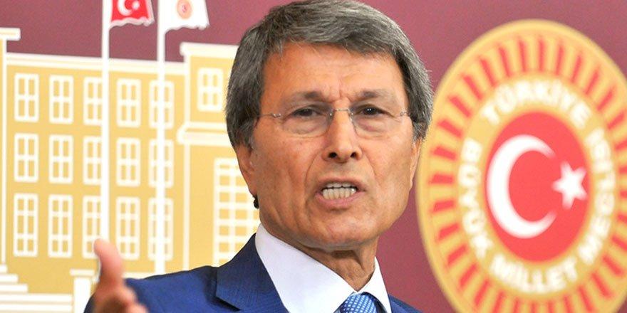 Halaçoğlu: Cumhurbaşkanı Lozan'ı bilmiyor