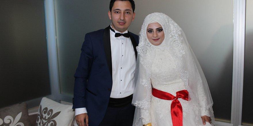 Gazeteci Ahmet Turan oğlunu evlendirdi