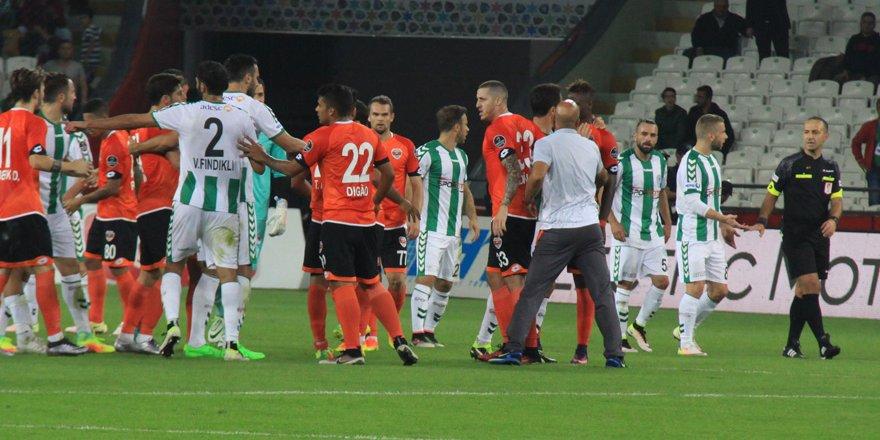 Konyaspor'un penaltısı yalan oldu