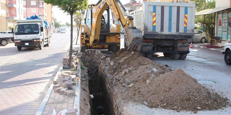 Beyşehir'de yağmur suyu drenaj hatları yenileniyor