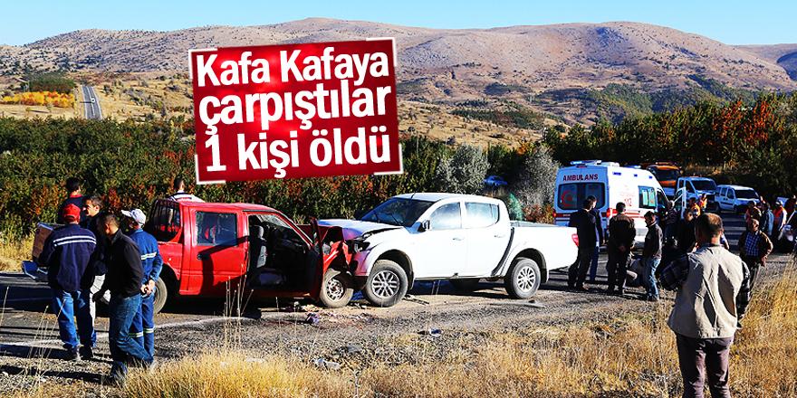 Konya'da iki kamyonet çarpıştı: 1 ölü, 4 yaralı