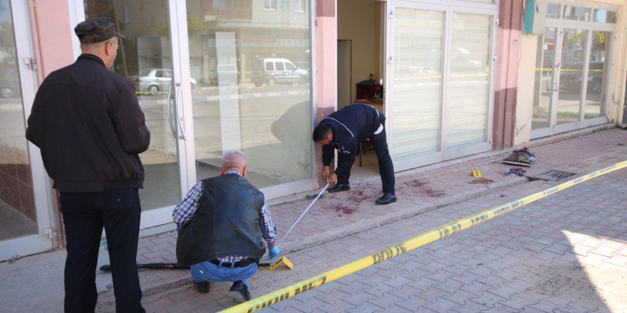 Konya'da silahlı ve bıçaklı kavga: 2 yaralı