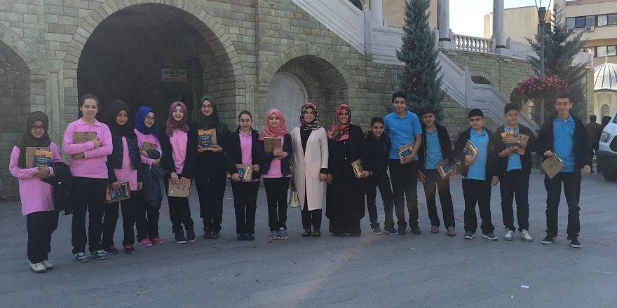Gençlik'te 'cami ve kitap' etkinliği