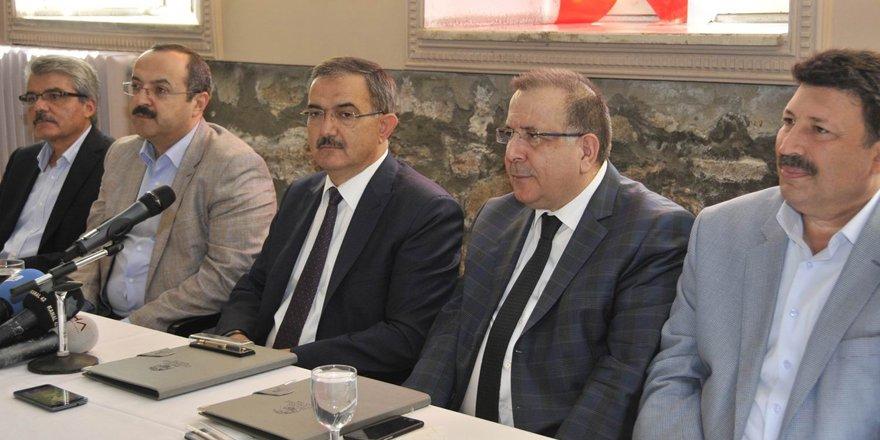 """SÜ Rektörü Şahin, """"İşimiz Üniversite"""""""