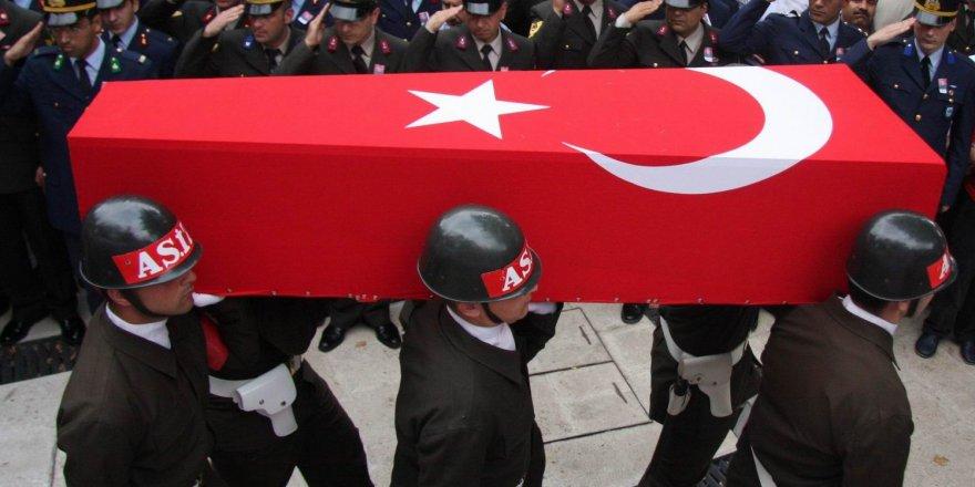 Hakkari'den kara haber: 1 asker şehit