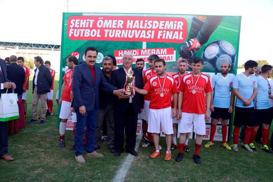 Şehit Ömer Halisdemir futbol turnuvası sona  erdi